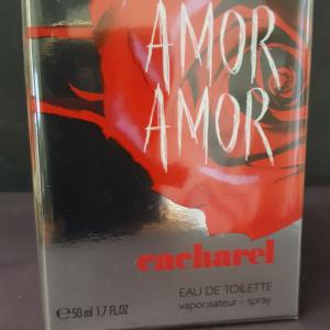 CACHAREL    Amor Amor   Eau...